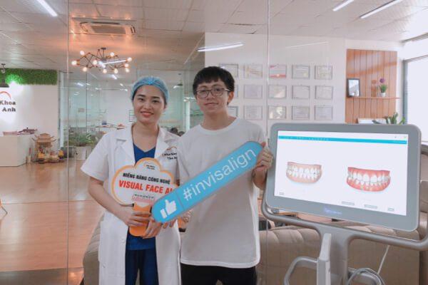 Bệnh nhân niềng răng Invisalign đến tái khám bằng máy Itero 5D tại Nha khoa Vân Anh