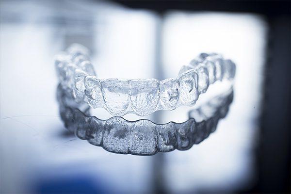 Hình ảnh khay niềng răng trong suốt Invisalign