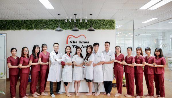 Đội ngũ bác sĩ nha khoa Vân Anh